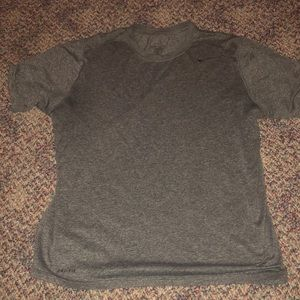 Nike men's workout shirt L